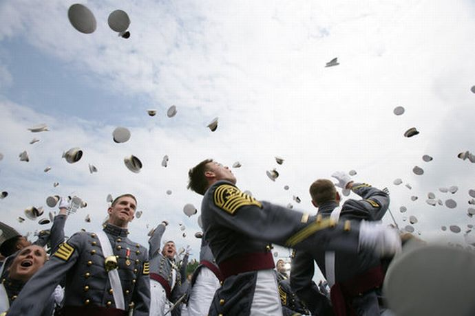 West_Point_graduates'_hat_toss_2006-05-27