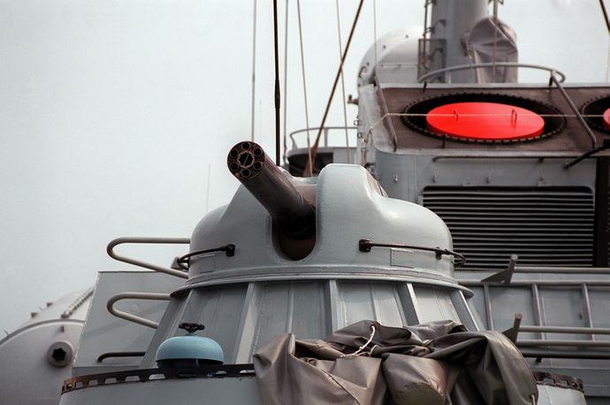 AK-630_30_mm_naval_CIWS_gun