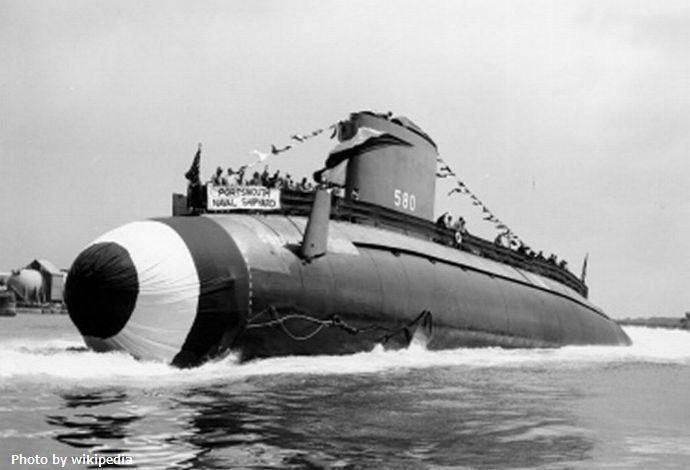 USS_Barbel;0858005