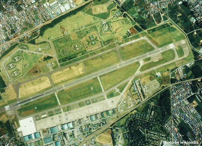 800px-Iruma_Air_Base_Aerial_Photograph