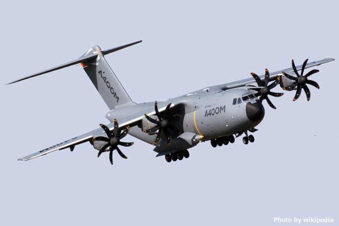 Airbus_A400M_EC-404_(8135661129)