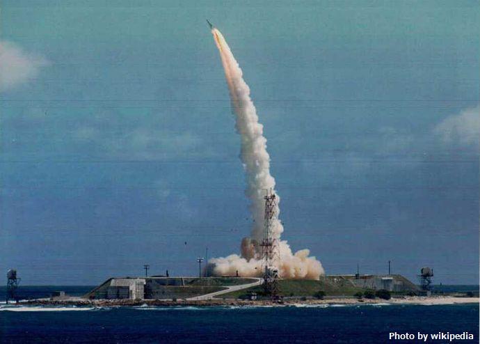 Sprint_missile_maneuvering_after_launch