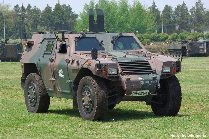 JGSDF_Light_Armored_vehicle_20120429-01