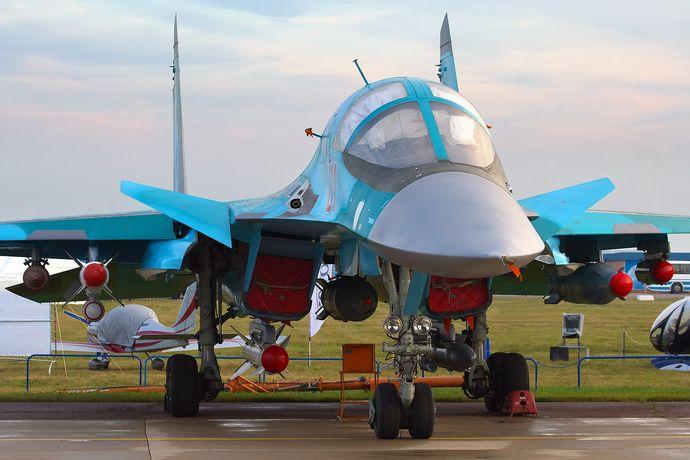 Sukhoi_Su-34,_Russia_-_Air_Force_AN1738007