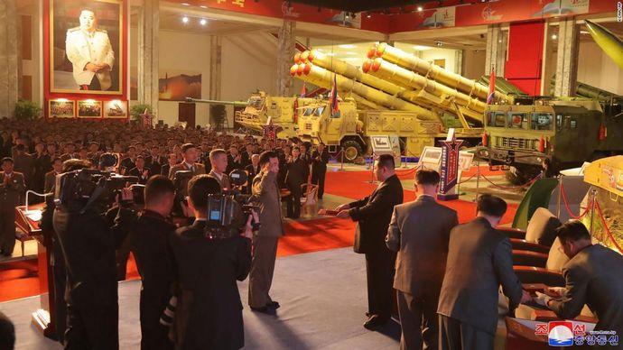 02-north-korea-defence-development-exhibition-1011-super-169
