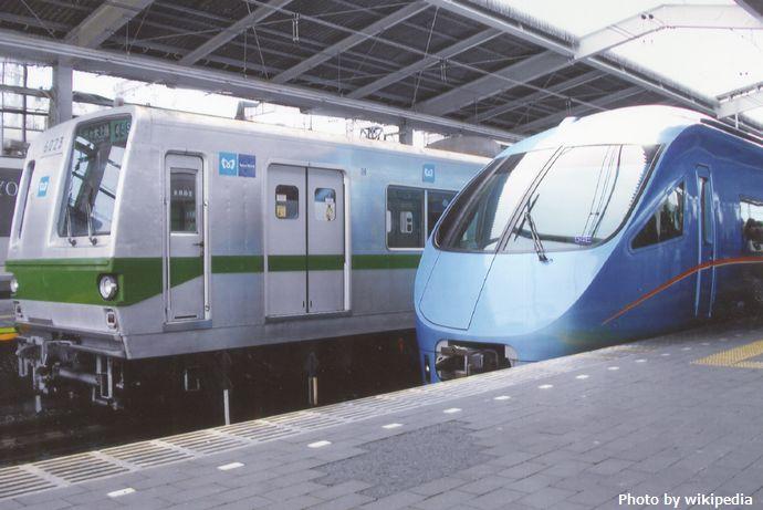 Tokyo_Metro_Model_6000_&_Odakyu_Model_60000