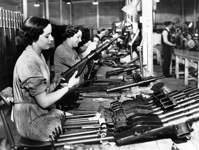 manufacture-of-sten-guns_u-l-q1bvh3f0