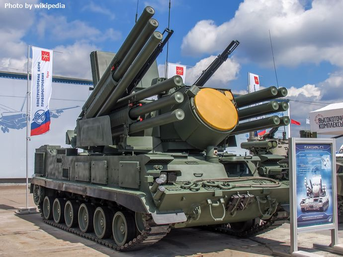 96K6_Pantsir-S1_tracked_at_Engineering_Technologies_2012