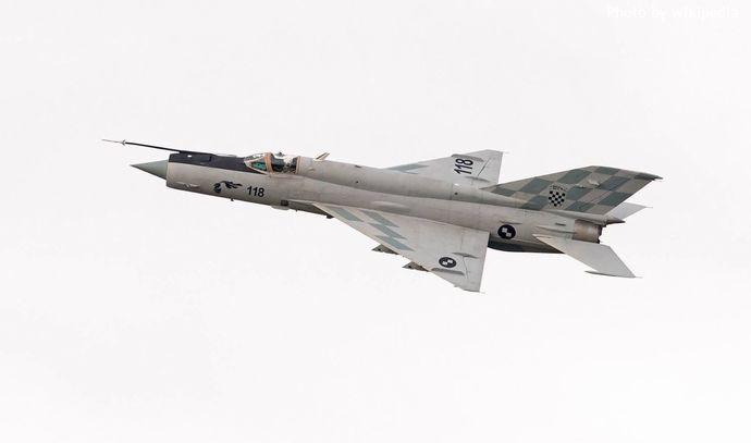 MiG-21BisD_2014