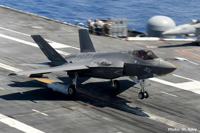 海上自衛隊が画策する「空母保有計画」その全貌…F-35B戦闘機とSH-60対潜ヘリをを積み替え!