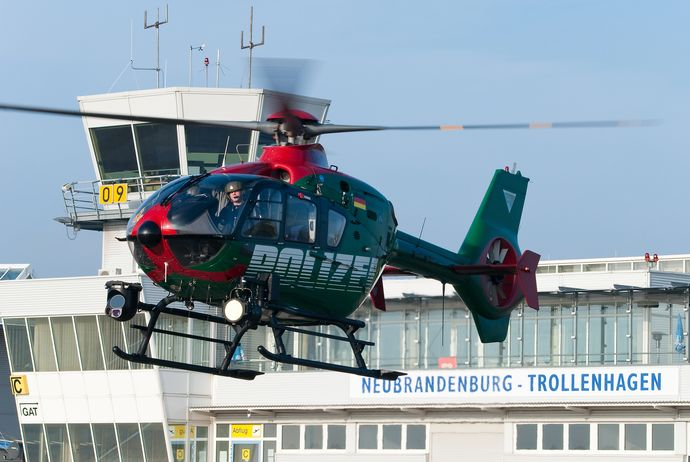 Airbus_Helicopters_H135_(8736836280)