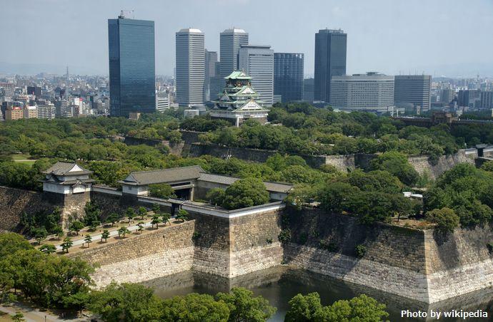 Osaka_Castle_02bs3200