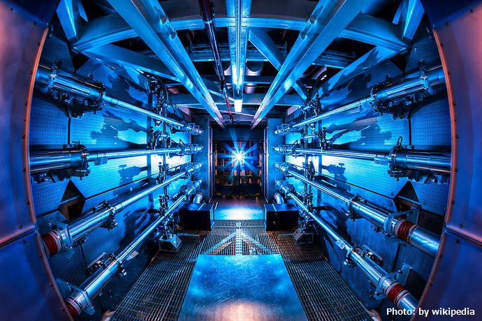 800px-Preamplifier_at_the_National_Ignition_Facility