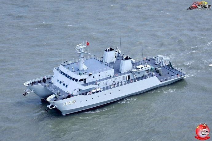 空から見た中国海軍と海警局の主...