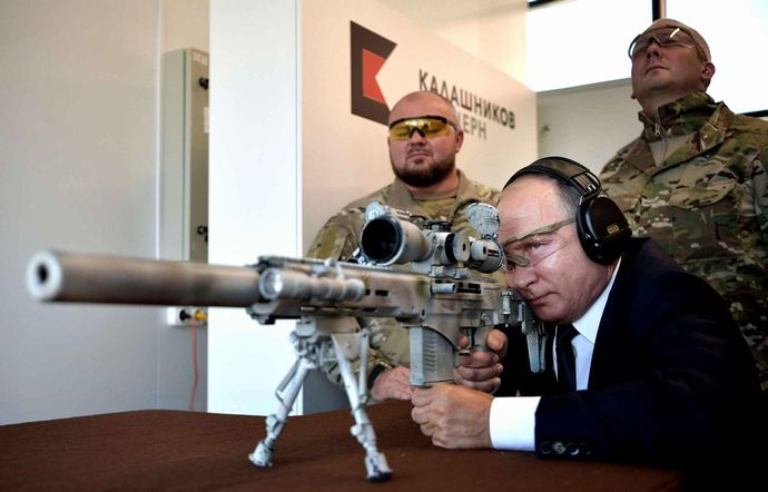 russian-president-vladimir-putin-aims-2896-diaporama