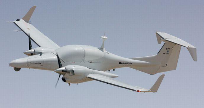 双発の小型機を無人機に改造した「Dominator XP」が初飛行に成功…イスラエルがメキシコ政府へ納入!