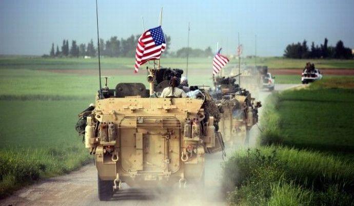 トルコ・シリア国境を星条旗を掲げた米軍部隊がパトロール…トルコ大統領「重大な懸念」を表明!