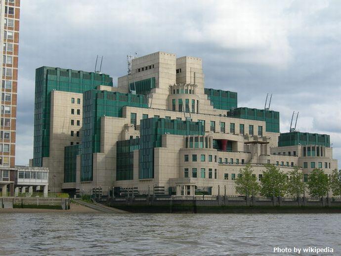 MI6_Building,_Albert_Embankment_-_geograph.org.uk_-_177502