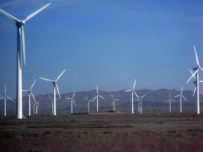 1280px-Wind_farm_xinjiang