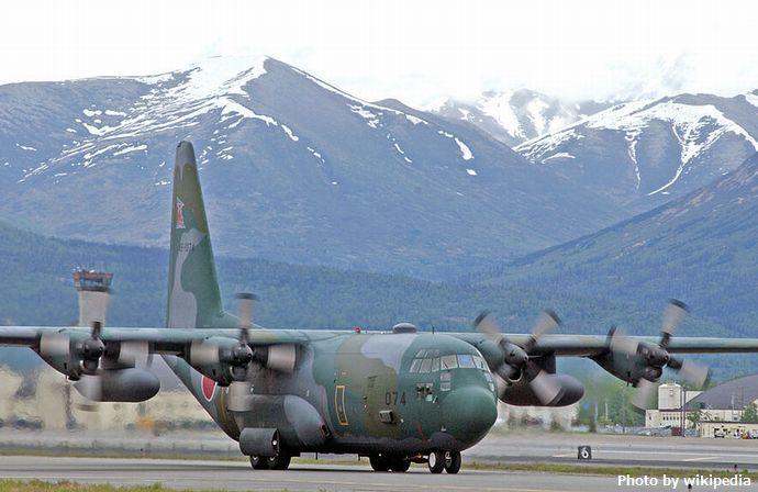 800px-C-130_Hercules_2