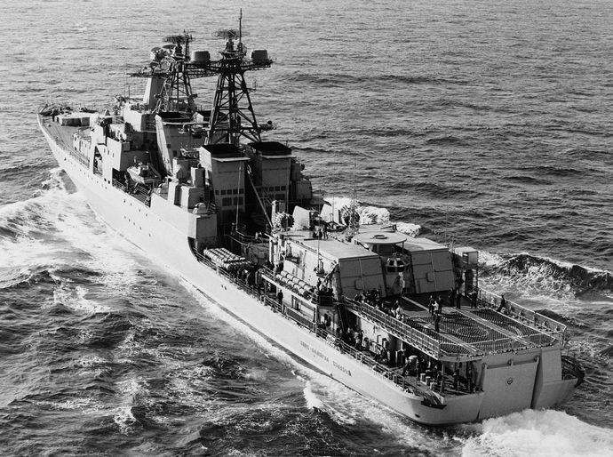 1280px-Vitse-admiralKulakov1985