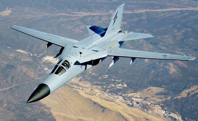 RAAF_F111