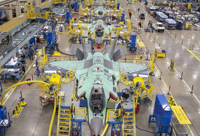F-35-JSF-factory-2
