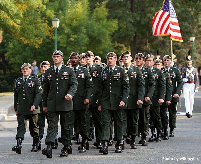 733px-Wayne_Downing_funeral_honor_guard