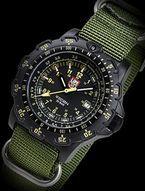 ルミノックスLuminox FORCE RECON 8820FORCE/YEL メンズ