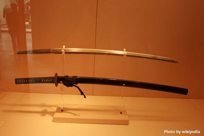 Antique_Japanese_(samurai)_katana_met_museum