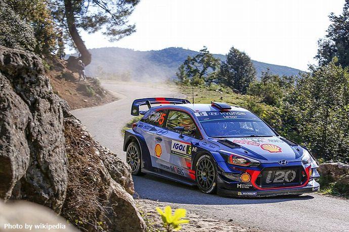 800px-Hyundai-Motorsport_vinner_Tour-de-Corse_2