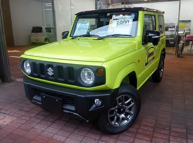 800px-Suzuki_jimny_XC_(3BA-JB64W-JXCU-J)_front
