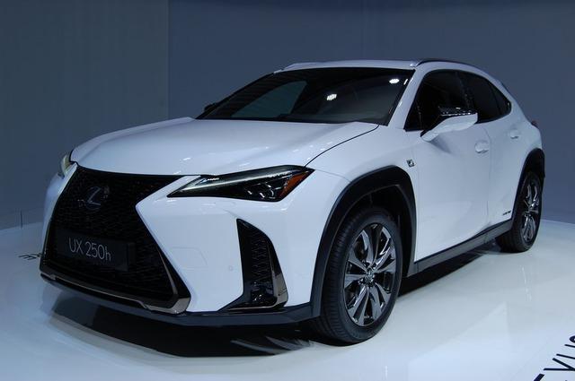 Lexus_UX