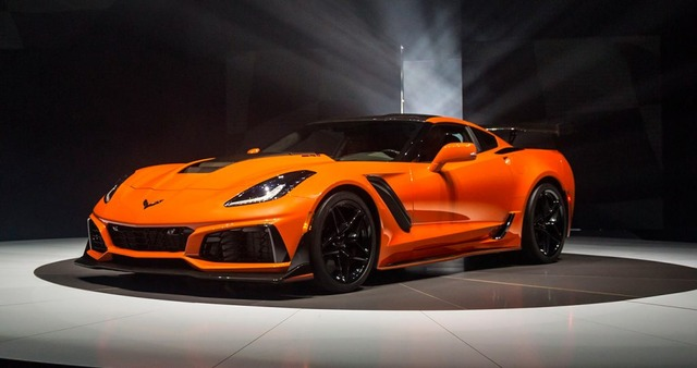 2019-Corvette-ZR1-WorldPremier-02-1024x540