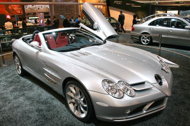 Mercedes-Benz_SLR_McLaren_roadster