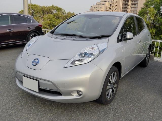 Nissan_LEAF_(ZE0)_front