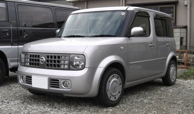 NISSAN_cube_SX_70th-II