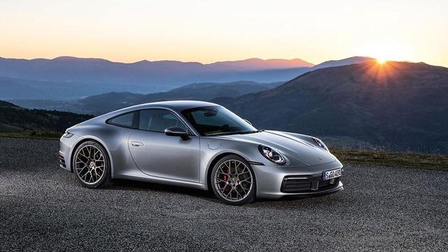 Porsche-911-Carrera-4S-992-14