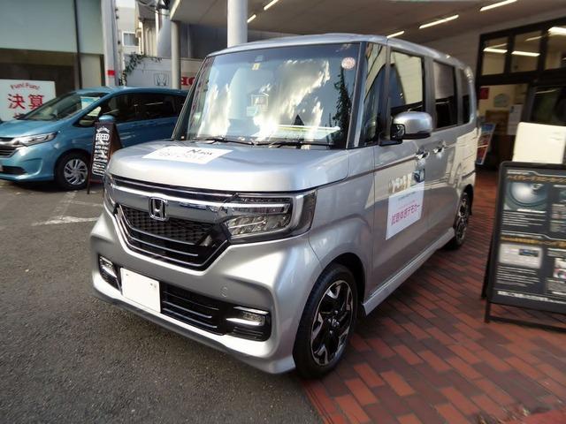 Honda_N-BOX_Custom_G・L_Turbo_Honda_SENSING_(DBA-JF3)_front