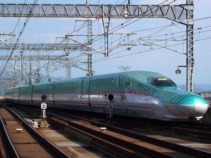 JR東日本E5系新幹線電車