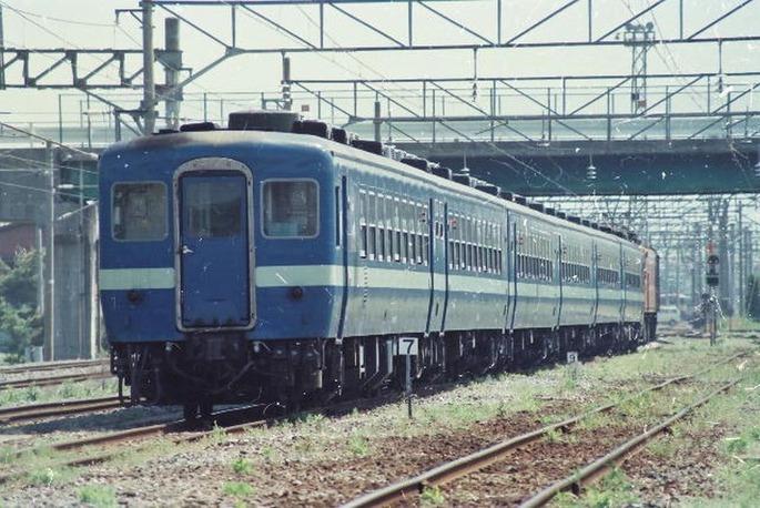 JNR-12-ozasiki-yama-r