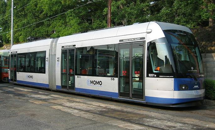 Okayama_Electric_Tramway_9200