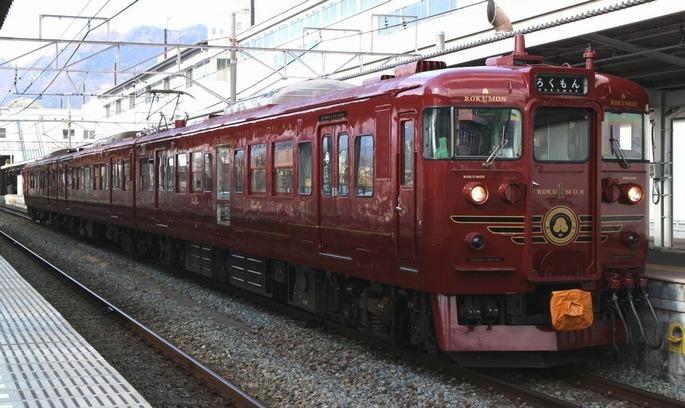 Shinano_Railway_115_rokumon_ueda_20150222