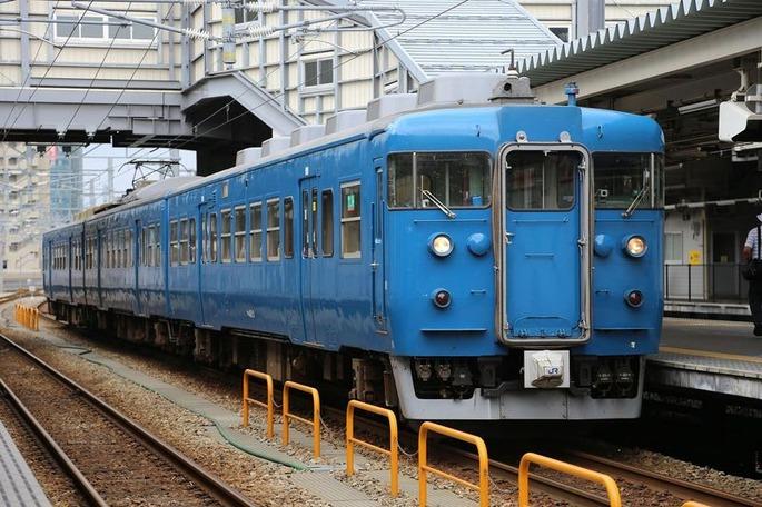 1920px-413_B03_Toyama_20130706_(2)