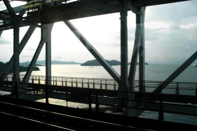 Seto_ohasi_瀬戸大橋_(2148612292)