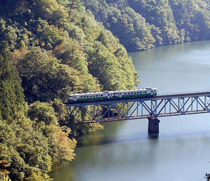800px-Tadami_Line_No.3_bridge