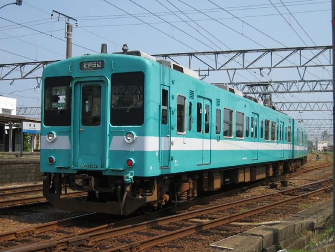 WestJapanRailwayCompanyType105Wakayama