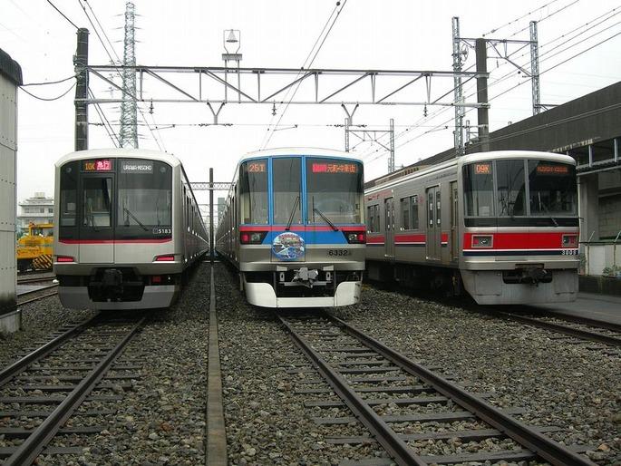1280px-Toei_Subway_Shimura_Rail_yard_20071110
