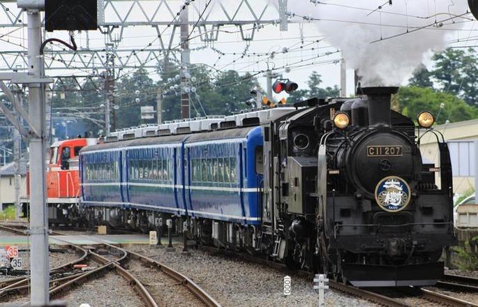 Tobu_Railway_C11_207_taiju_Shimo-Imaichi_Station_20200620