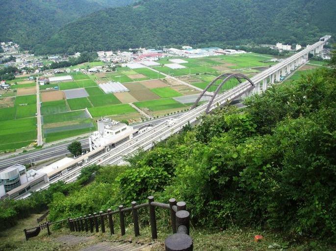 Yamanashi-Linear-Motor-Car-test-course1